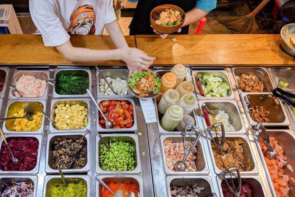 Poke Saigon, Ho Chi Minh, Vietnam: Restaurant Review