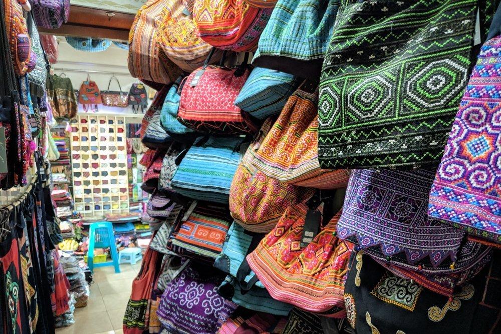Shopping in Hanoi, Vietnam: Nunal Boutique