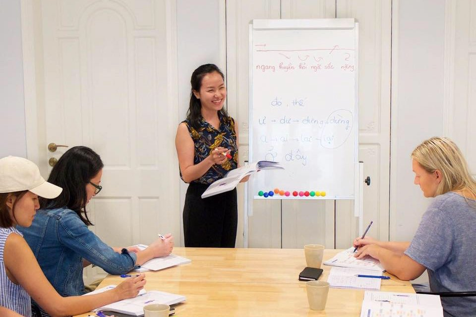 Vietnamese Classes in Ho Chi Minh City: Vietnamese Lessons with Kim Kim